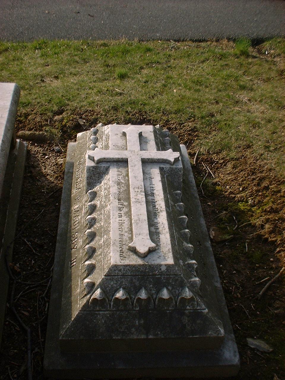 08 grave